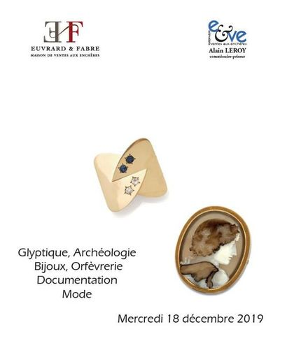 Glyptique, Archéologie - Bijoux, Orfèvrerie - Documentation - Mode