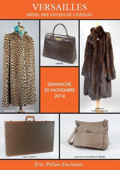 Vintage, Bijoux de fantaisie, Fourrures, Accessoires de mode , Maroquinerie, Bagagerie, Carrés et cravates Hermès, Vêtements griffés
