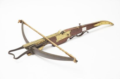 Arcs et arbalètes, collection d'un amateur Lillois puis vente courante