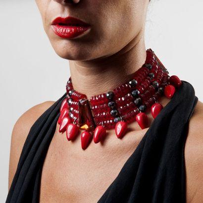 Collection de Bijoux Yves Saint Laurent Haute Couture de Madame X. et à divers, sacs et accessoires de luxe