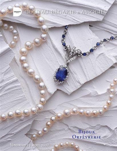 Bijoux - Objets de vitrine - Orfèvrerie