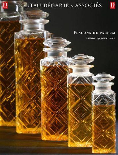 Vente à 11h et à 14h : Flacons de Parfum