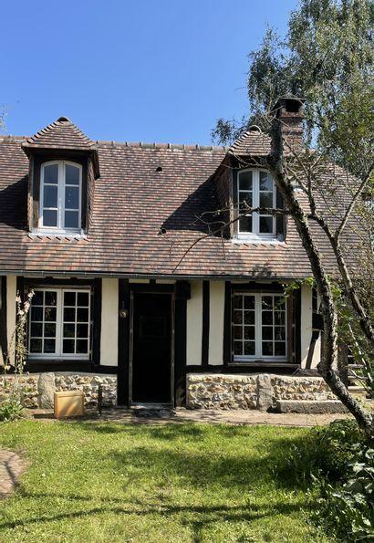 Vente sur place et Live - Contenu d'une maison normande