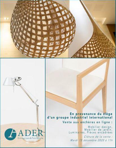 [VENTE EN LIGNE] En provenance du siège d'un groupe industriel international, mobilier design, mobilier de jardin, luminaires et pièces encadrées