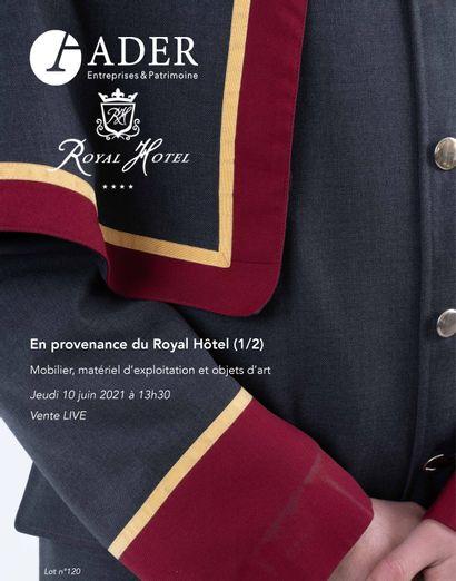 [VENTE LIVE] En provenance du Royal Hôtel : Mobilier, matériel d'exploitation et objets d'art (1/2)