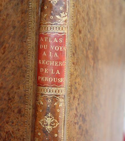 Bibliothèque de travail d'un collectionneur de régionalisme Picard et à divers