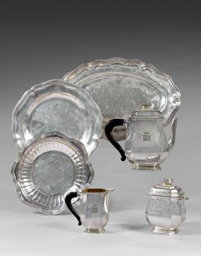 Bijoux, orfèvrerie, tableaux, mobilier et objets d'art
