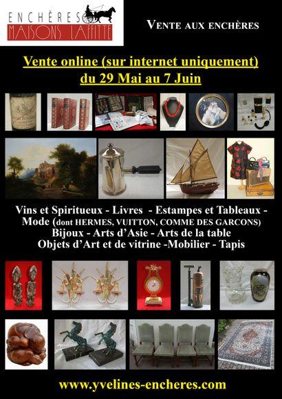 Vente online : Vins - Estampes et tableaux - Mode et bijoux - Arts de la table - Objets d'art et de vitrine - Mobilier - Tapis