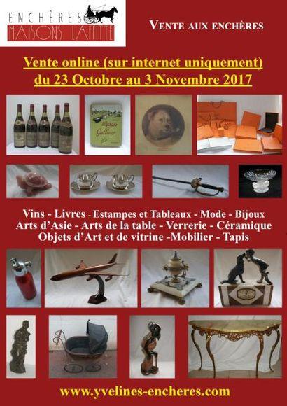 Vente online  : Vins - Estampes et Tableaux - Mode et Bijoux - Arts de la Table - Objets d'Art et de Vitrine - Céramique - Verrerie - Mobilier - Tapis