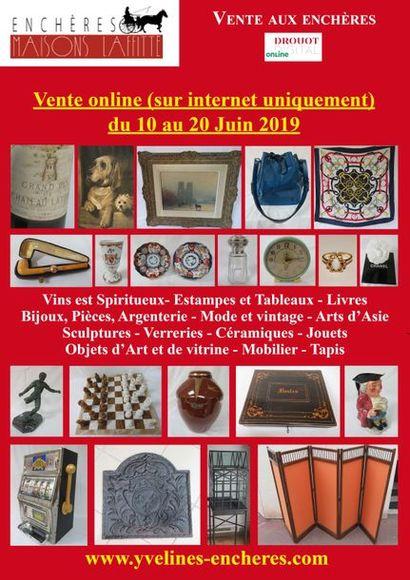 Vente online : Vins et Spiritueux - Livres - Estampes et Tableaux Mode et Bijoux - Arts de la table - Verrerie - Céramique - Arts d'Asie et d'Orient - Objets d'Art et de Vitrine Jouets - Mobilier