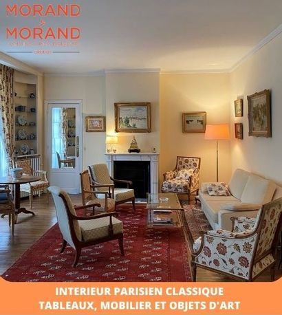 UN INTERIEUR PARISIEN CLASSIQUE - TABLEAUX, MOBILIER & OBJETS D'ART