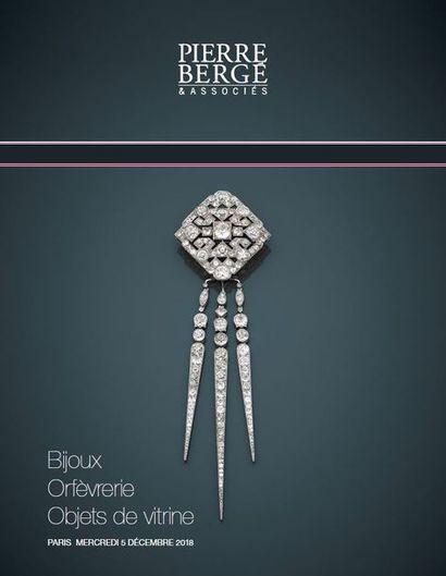 Bijoux, orfèvrerie & objets de vitrine