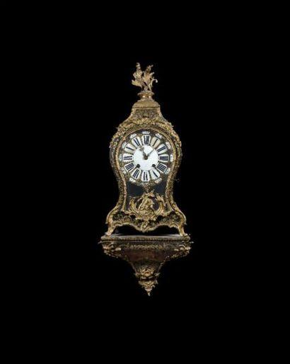 Vente classique, meubles et objets d'art suite à successions et appartenant à divers