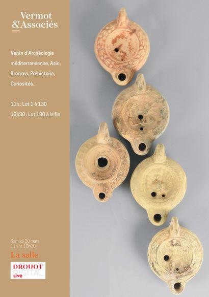 Vente Archéologie Partie 1 (Lot 1 à 130) Archéologie méditerranéenne, Collection d'intailles, Asie, Bronzes, Préhistoire, Curiosités...