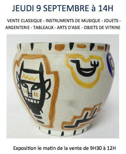 VENTE CLASSIQUE - INSTRUMENTS DE MUSIQUE - JOUETS - OBJETS DE VITRINE