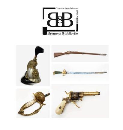 Militaria - Armes anciennes - Souvenirs historiques