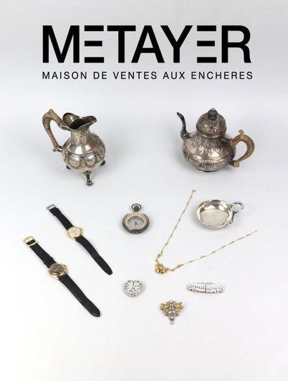 Bijoux, Montres et Orfèvrerie.