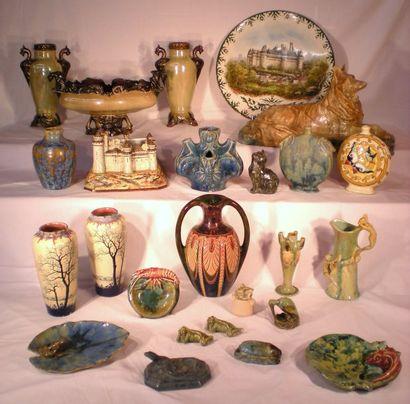 Ensemble de céramiques de Pierrefonds - Tableaux - Bibelots