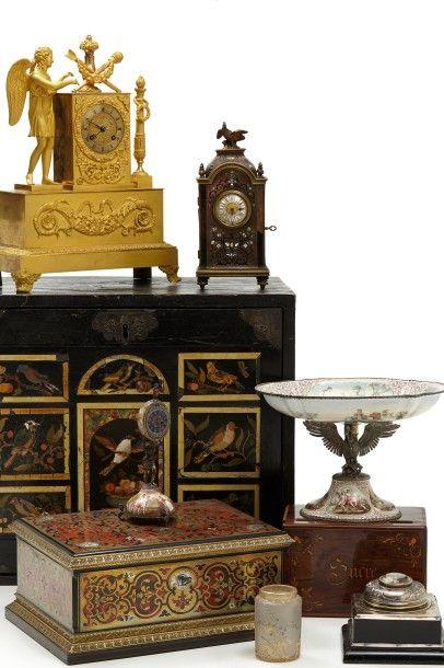 Tableaux, Mobiliers et Objets d'art - Vente listée