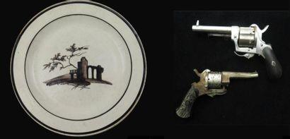 Militaria, objets de collection et céramiques