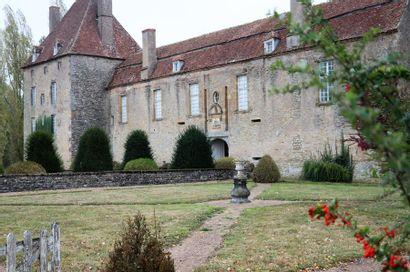 Mobilier d'un château nivernais, succession de Maître E., commissaire-priseur