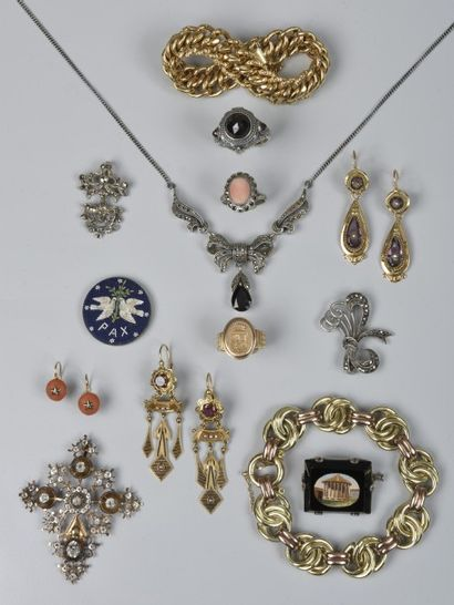 Monnaies, médailles, or de bourse, métal argenté, argenterie, bijoux fantaisies....