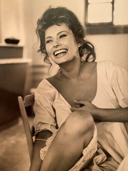 PHOTOGRAPHIES, dont cinéma, mode, Gainsbourg (30 ans déjà), et divers
