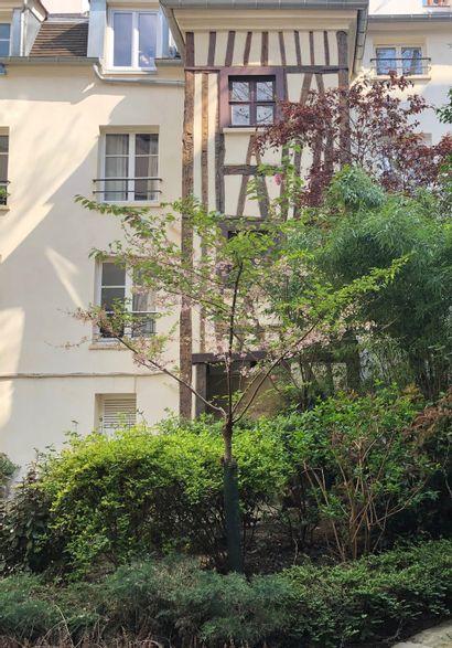 Entier contenu d'une maison à Paris 5ème