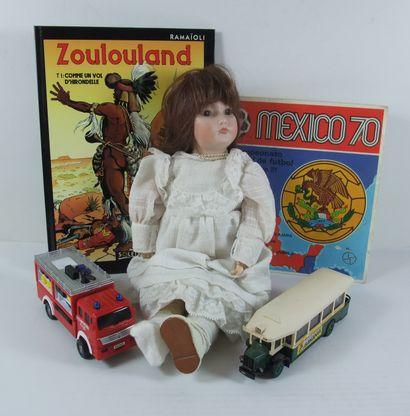 Bandes dessinées, Comics Fr & Usa, Album Foot Panini, Poupées, Jouets (Modèles réduits, mobilier de poupées, boites à biscuits ...)