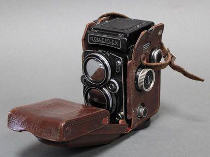 APPAREILS PHOTOGRAPHIQUES, MATERIEL PHOTOGRAPHIQUE ET CINEMATOGRAPHIQUE
