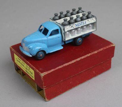 Collection de véhicules : DINKY TOYS, QUIRALU, CIJ, JRD, CORGI TOYS 1/43
