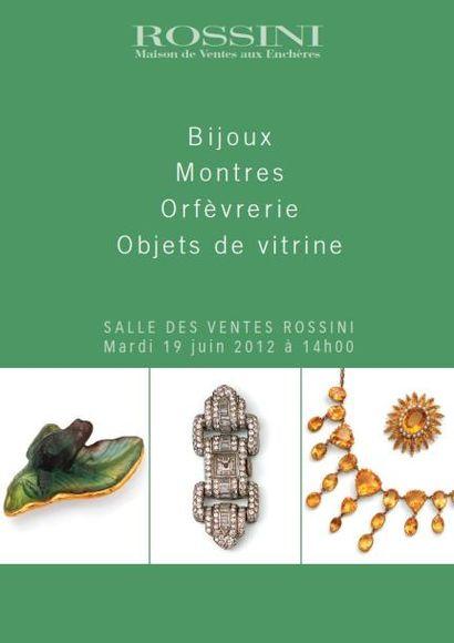 BIJOUX, MONTRES, ORFEVRERIE, OBJET DE VITRINE