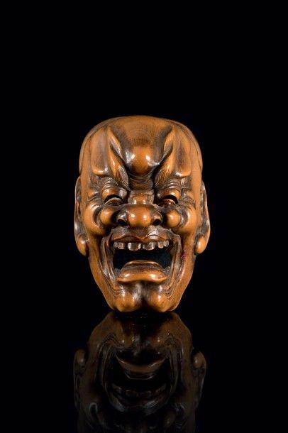 ART D'ASIE ET OBJETS D'ART /Tableaux Anciens, Numismatique, Art d'Asie dont une Collection de Netsuke et de Tsuba, Militaria, Haute Epoque, Objets d'Art, Instruments de Musique, Tapisseries