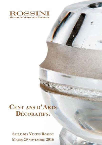 Cent ans d'arts décoratifs