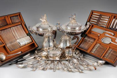 Arts de la table, Bijoux, tableaux, mobilier et Objets d'art,