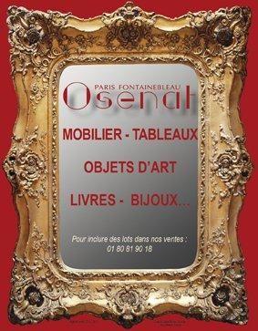 meubles vitrines et objets divers appartenant à la ville de Fontainebleau