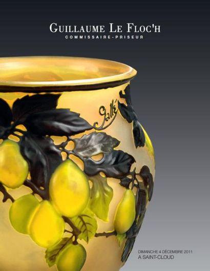 Tableaux, Sculptures, Orfèvrerie, Céramique, Mobilier et Objets d'art, Tapis et Tapisseries
