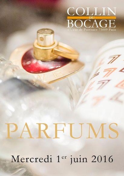 Collection de flacons de parfum