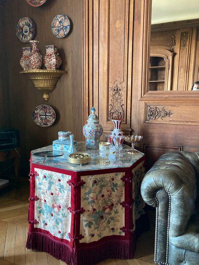 Vente classique : tableaux, objets d'art, mobilier, tapis