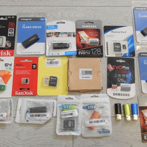 7 SAMSUNG SANDISK INTEGRAL Lot de 20 Cartes microSD et Clés USB 1x microSD 256Go…