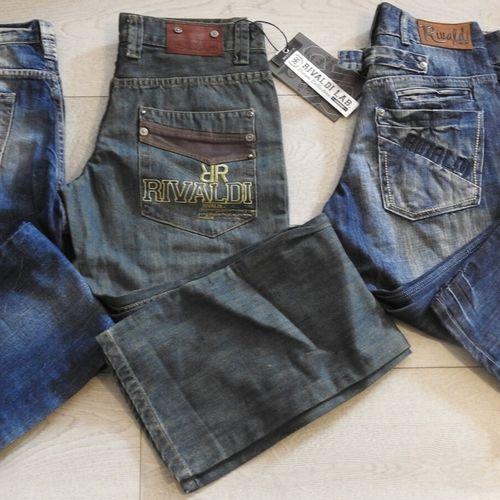 111 1 CHEFDEVILLE RIVALDI Lot de 3 jeans différents tailles Americaine 2 taille …