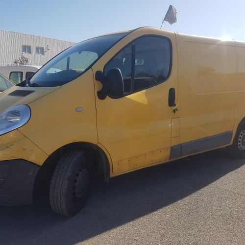 TRAFIC 2.0 DCI 90ch CTTE RENAULT TRAFIC 2.0 DCI 90ch 2.0 DCI Carrosserie : FOURG…