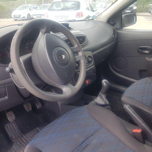 CLIO 3 1.5 DCI 68cv VP RENAULT CLIO 3 1.5 DCI 68cv 1.5 DCI Carrosserie : CI N° s…