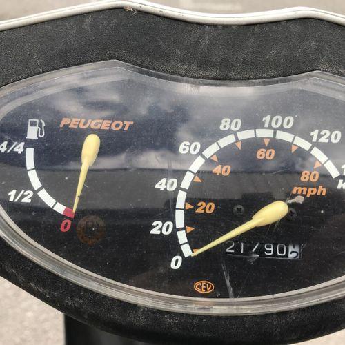 VIVACITY 100cc MTL PEUGEOT VIVACITY 100cc Carrosserie : SOLO N° série type : VGA…