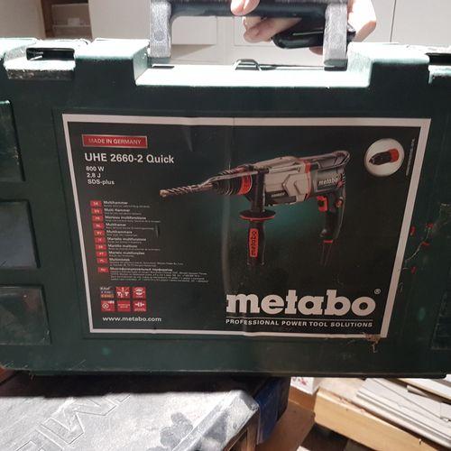 Défonceuse METABO UHE 2660 2 Quick. Les photographies ne constituent pas les lot…