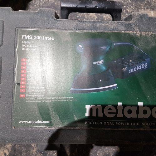 Meuleuse METABO W1150 125 Set dans sa boite. Les photographies ne constituent pa…