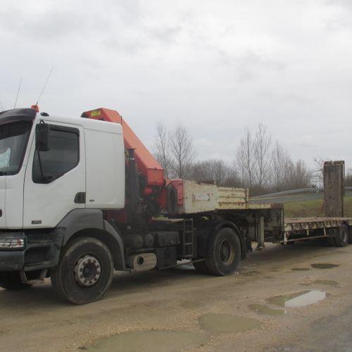 Tracteur routier RENAULT KERAX 380 avec grue Palfinger 37500 radiocommandé (2004…