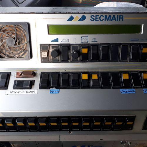 Pata SECMAIR sur porteur 6x2 RENAULT VI G300, Boite B18, 3600 Litres calorifugé.…