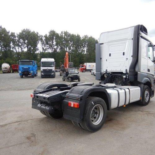Tracteur routier Mercedes benz 1845, 539531 Km (2014) ( immatriculation espagnol…