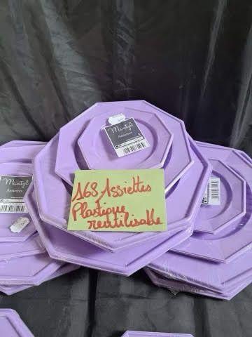 Lot de 168 assiettes réutilisables en plastique